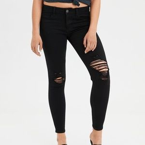 American Eagle black ripped jeans size 6
